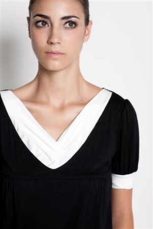 dote slate breastfeeding top close up in black