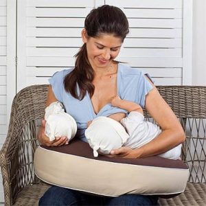 Milkbar Twin Portable Nursing Pillow mum breasteeding twins