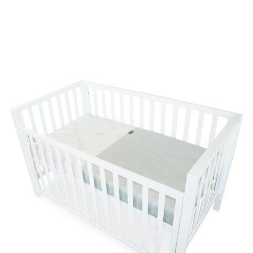 breath eze mattress protector in cot