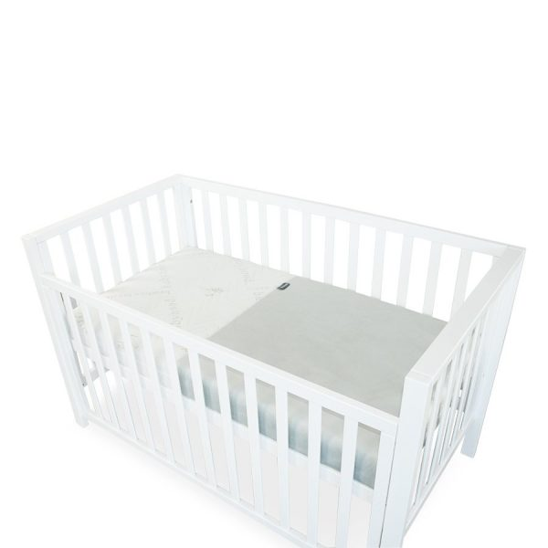 breath eze mattress protector in cot