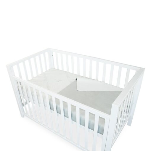 mattress protector showing double side