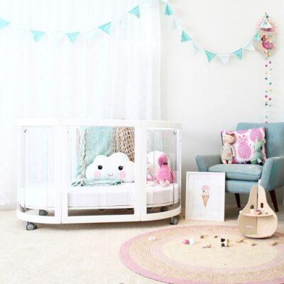 sova cot clear in white in bedroom