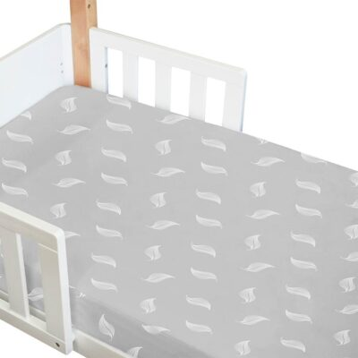 amani bebe organic fitted cot sheet in grey with white leaf