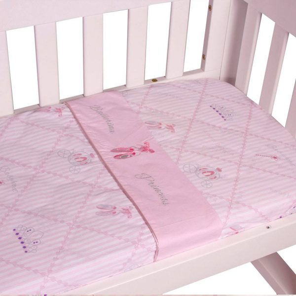 cradle sheet set in ballerina princess theme up close