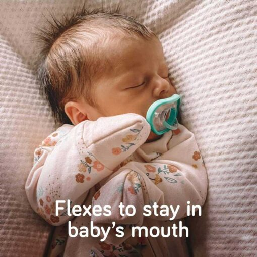 nanobebe flexy pacifier stays in baby's mouth